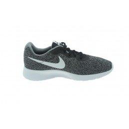 Nike Tanjun SE 844887-010
